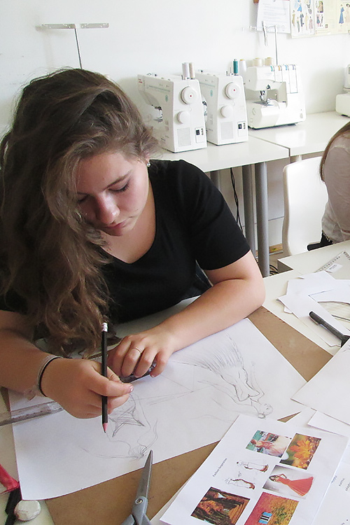 Fashion design for teenagers 43